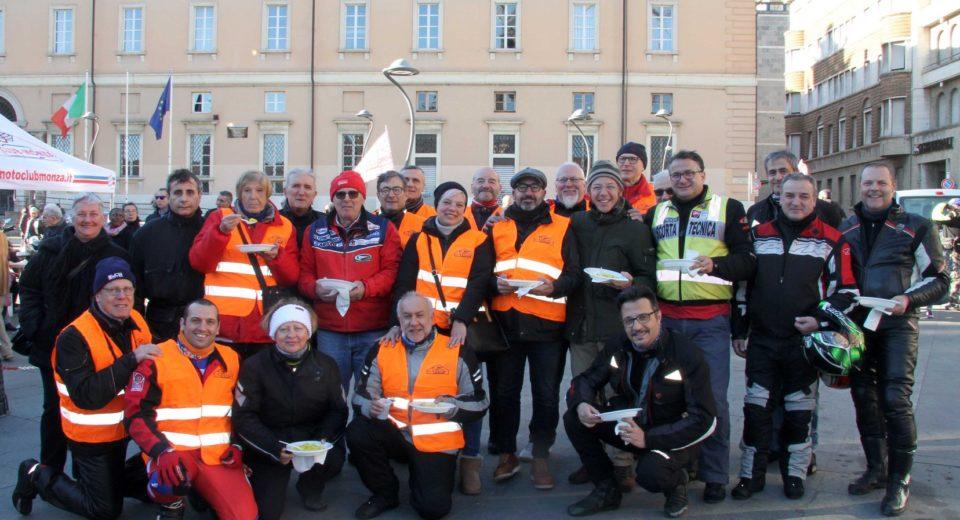 La Befana Benefica del Motociclista ha portato i suoi doni in città