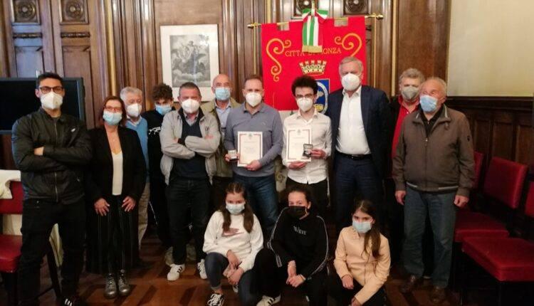 Il nostro consigliere Roberto Borgonovo premiato in Comune a Monza